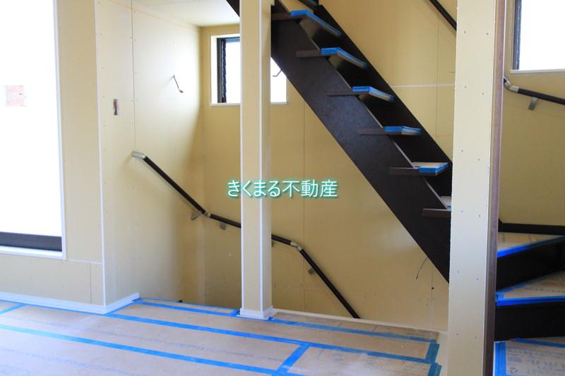芦屋市翠ヶ丘町新築一戸建て階段付近