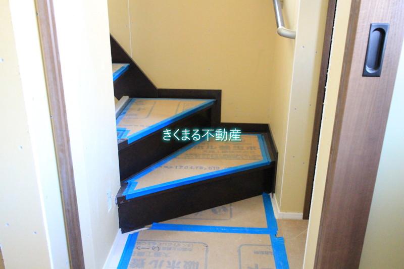 芦屋市翠ヶ丘町新築一戸建て階段ホール