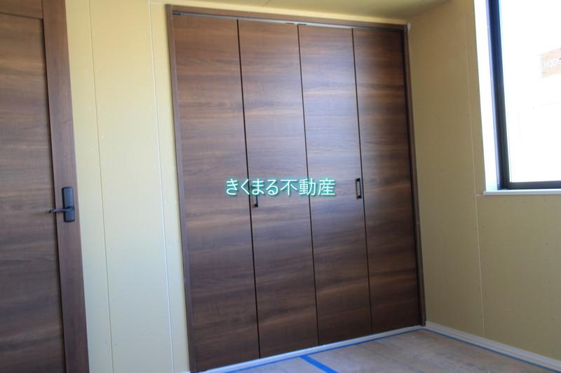 芦屋市翠ヶ丘町新築一戸建て2階洋室6.6帖クロゼット
