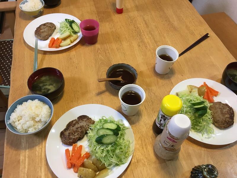 晩御飯ハンバーグ2